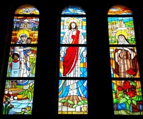 Witraże w Parafii Adamowizna Św.Matki Teresy z Kalkuty